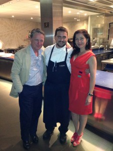 Paco and Rosa Vañó with David Olivas, Calima´s sous chef.