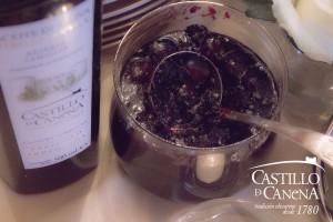 Castillo de Canena - cramberry sauce