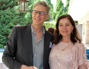 Santiago Botas, consultor y fundador del proyecto GAULAS, junto a Rosa Vañó, directora comercial de Castillo de Canena